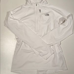 The north face half zip size M